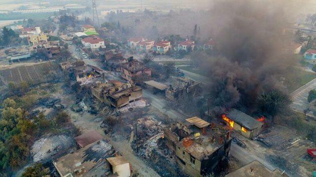 Feux de forêt en Turquie: 125 des 132 incendies déclarés ces 5 derniers jours sous contrôle
