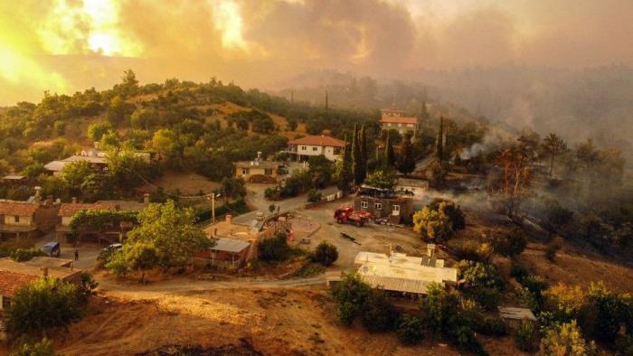 Des incendies meurtriers en Turquie   EN IMAGES