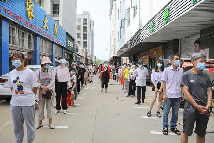 Pandémie en Chine : Wuhan dépiste ses habitants après la réapparition du virus