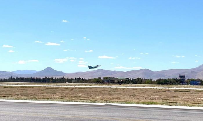 Azerbaijani, Turkish pilots make first flights within TURAZ Sahini - 2021 exercises