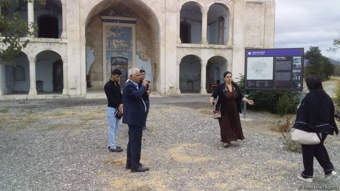Residents of Azerbaijan's liberated Aghdam district visit Juma Mosque in their hometown