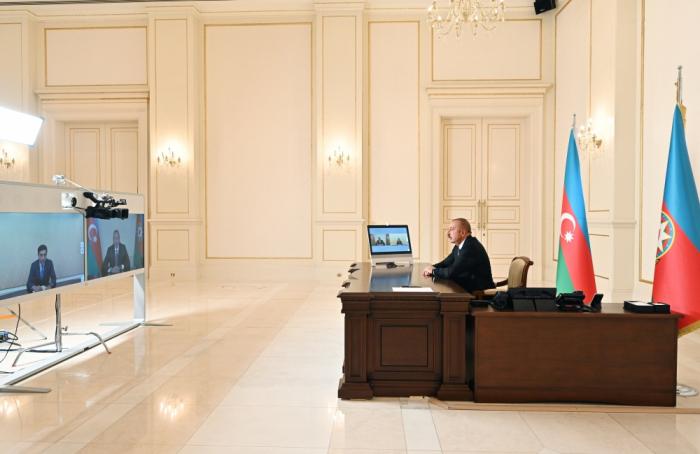 الرئيس يستقبل الوزير الجديد في شكل فيديو