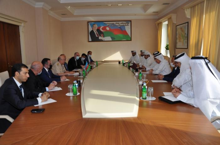 بحث العلاقات في مجال الطوارئ بين أذربيجان وقطر