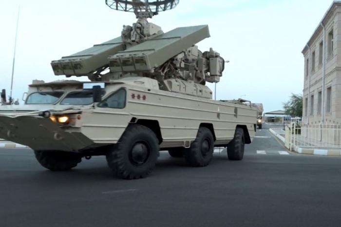 Komplexe Ausbildung von Luftverteidigungseinheiten in Nachitschewan   - VIDEO