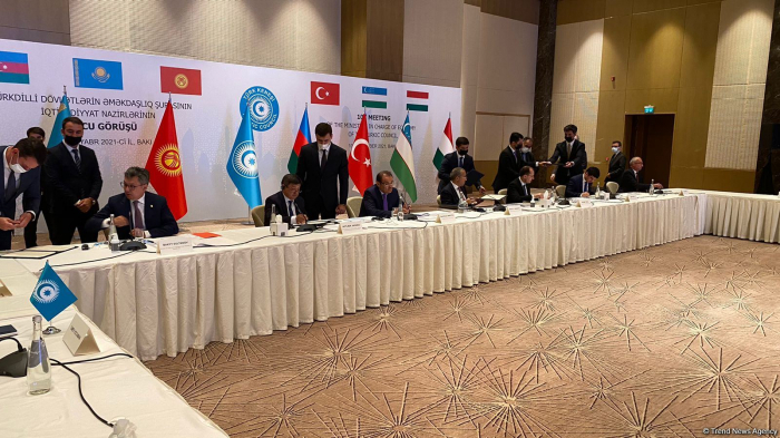 Les pays turcophones signent des accords commerciaux et économiques à Bakou