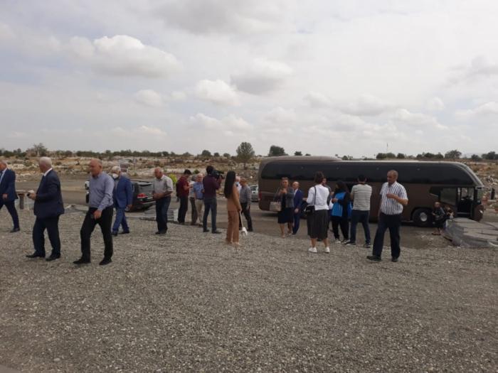مجموعة أخرى من الأغداميين تزور مدينتهم الأم المحررة من الاحتلال الأرميني