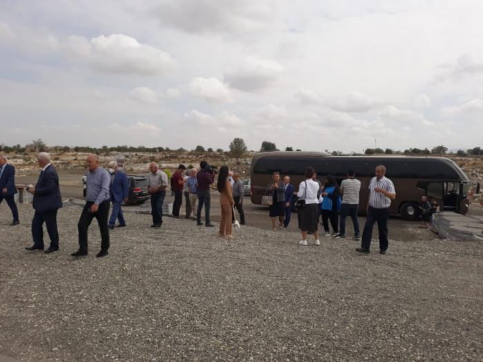 Nächster Besuch der Einwohner von Agdam in ihren Heimatstädten beginnt -   FOTO