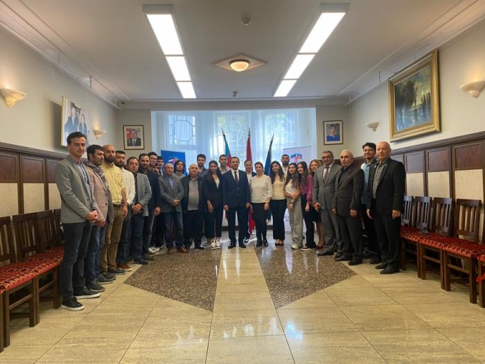 Azerbaijan's Embassy holds meeting with Azerbaijanis living in Estonia