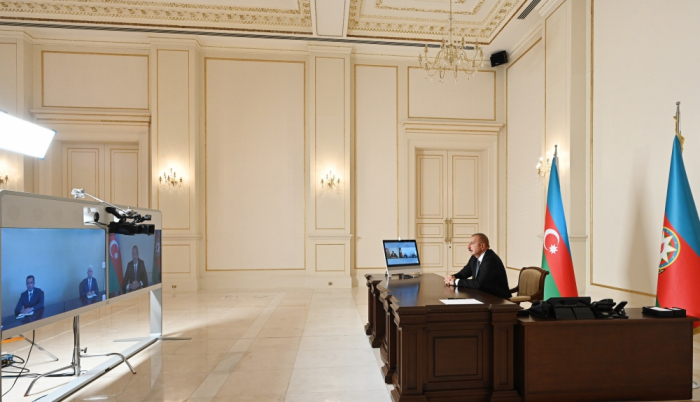 الرئيس يستقبل الرؤساء السلطة التنفيذيين الجدد على شكل فيديو