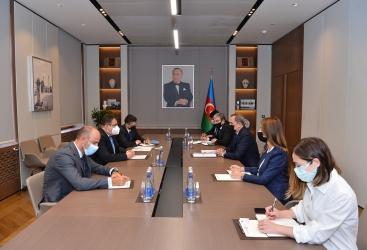 رئيس جديد لمندوبية الاتحاد الأوروبي في أذربيجان يقدم نسخة من أوراق اعتماده الى وزير الخارجية