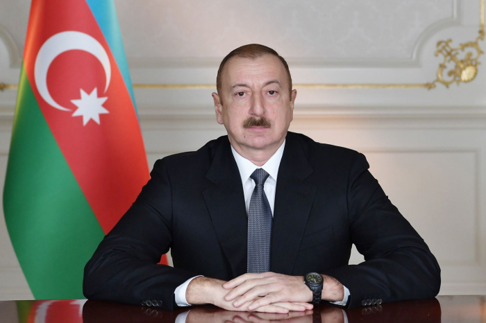 President Aliyev awards Eldar Mammadaliyev for his work in state bodies