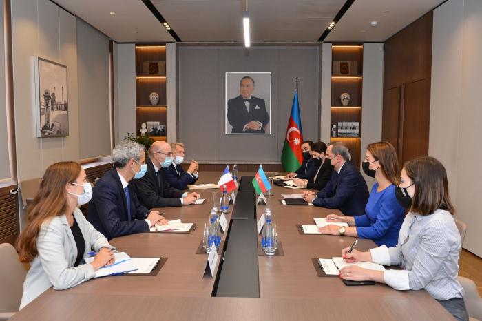 Jeyhun Bayramov: Las visitas ilegales de los parlamentarios franceses al territorio azerbaiyano socavan los esfuerzos de consolidación de la paz