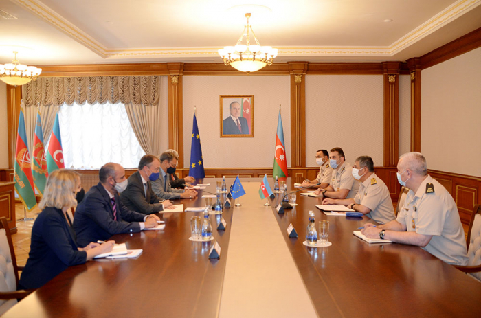 Azerbaijan's defense minister meets with EU special rep for S. Caucasus