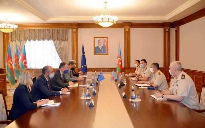 """""""Provokationen armenischer bewaffneter Gruppen werden verhindert""""   - Verteidigungsminister"""