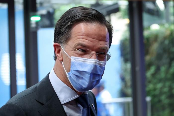 Países Bajos se suma a las naciones europeas que liberan restricciones para personas vacunadas