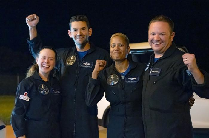 All-civilian SpaceX tourist trip to orbit ends with splashdown