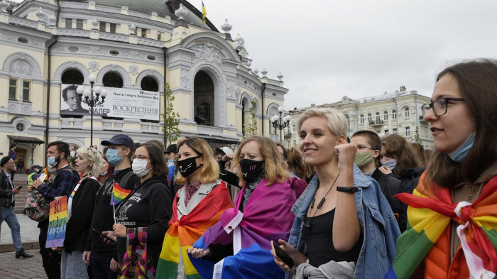 LGBTQ supporters march in Kyiv and in Belgrade -  NO COMMENT