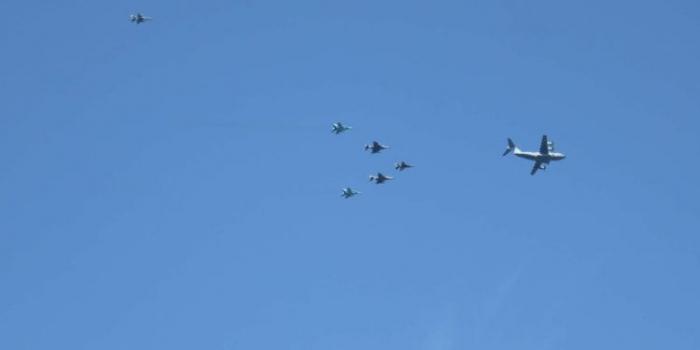 Turkish, Azerbaijani fighter jets conduct demonstration flights over Bosphorus - VIDEO