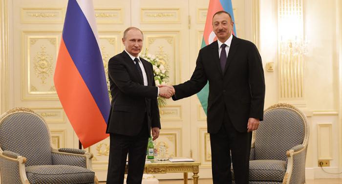 Ilham Aliyev gratulierte Wladimir Putin