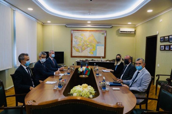 Azerbaiyán y Francia firmarán un documento sobre desminado