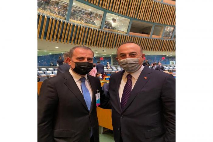 Außenminister Aserbaidschans und der Türkei trafen sich in New York
