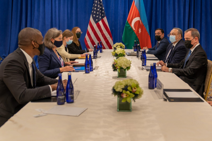 Azerbaijani FM meets with US Under Secretary of State for Political Affairs