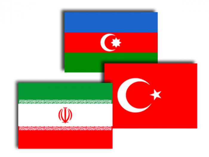 Aserbaidschanische, türkische und iranische Außenminister treffen sich in Teheran