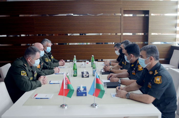 Azerbaijani and Belarus military medical specialists hold working meeting
