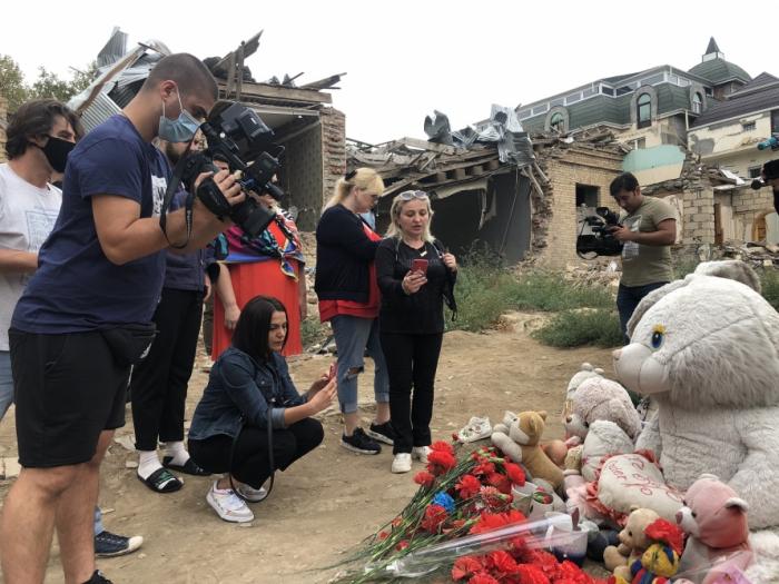 Georgische Medienvertreter wurden Zeugen der Gräueltaten der Armenier in Gandscha
