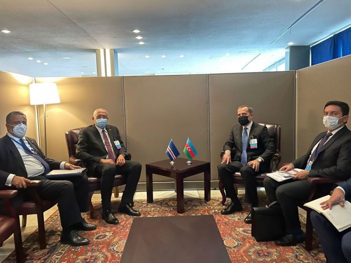 Azerbaijani FM meets colleagues from NAM at 76 session of UN General Assembly