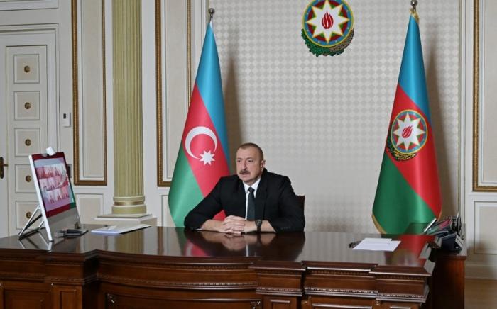 Presidente de Azerbaiyán: Debemos frenar los intentos de respaldar el revanchismo en Armenia y armarla