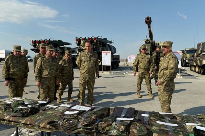 """Comandante en Jefe Supremo  :""""El plan de operaciones militares se ha elaborado desde hace mucho tiempo"""""""