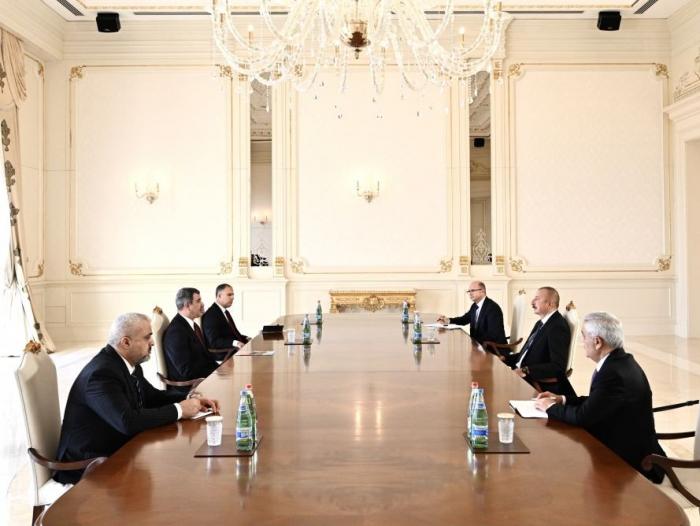 Präsident Aliyev empfängt irakischen Ölminister