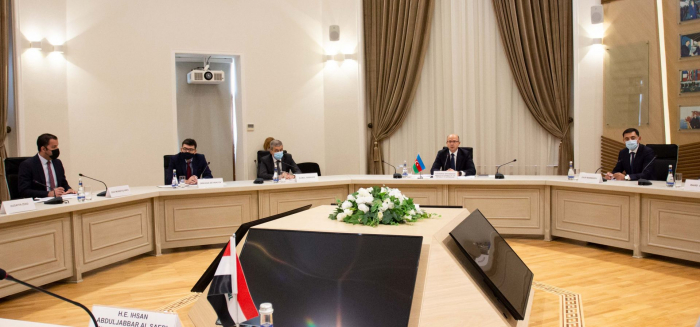 Iraq interested to co-op with Azerbaijan in oil, gas sectors