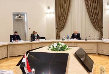 العراق حريص على تعاون مكثف مع أذربيجان في قطاعي النفط والغاز والتكرير