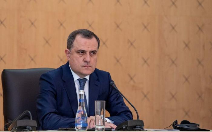 Le ministre azerbaïdjanais des AErencontre des représentants du Mouvement des non-alignés auprès de l