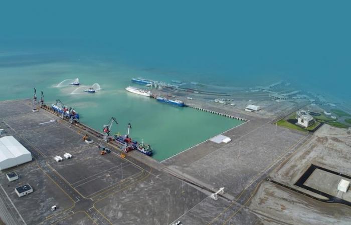 EU-Beamter:   EU plant Investitionen in den Hafen von Baku, um ihn grüner und digitaler zu machen