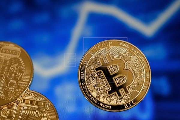El bitcóin cae más del 5% por la decisión del Gobierno chino de ilegalizar su uso