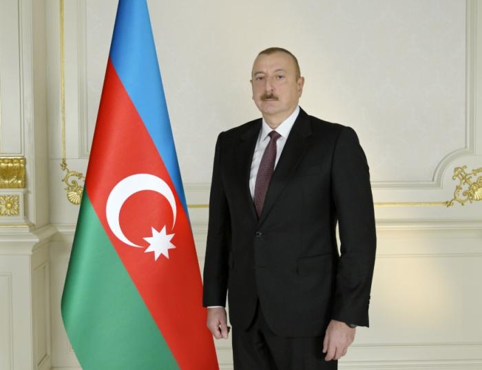 Le président Aliyev partage une publication relativeà la Journée de commémoration