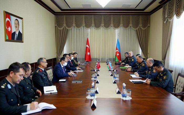 Generalstabschef traf sich mit dem stellvertretenden türkischen Außenminister