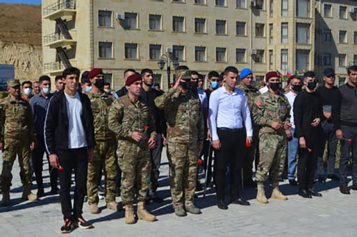 Commander of Azerbaijani Special Forces meets war veterans on Remembrance Day -  VIDEO