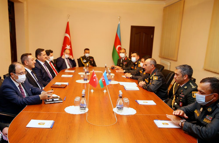 Azerbaijan and Turkey exchange views over issues of military-technical support