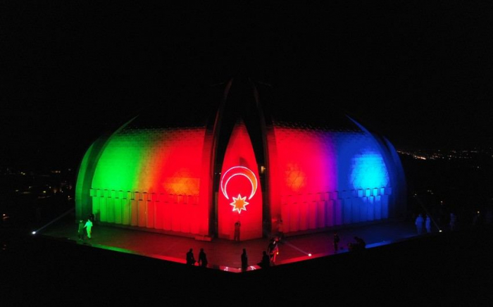 Pakistan Monument lit in coloursof National Flag of Azerbaijan