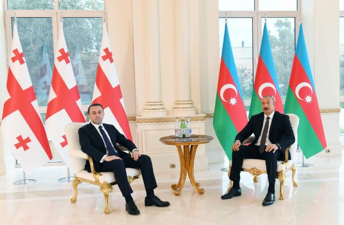 """Prezident:    """"Əlaqələrimizin gücləndirilməsi bütün region üçün önəmlidir"""""""