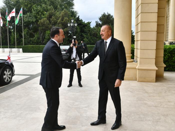 الرئيس إلهام علييف يلتقي رئيس الوزراء الجورجي –   محدث (صور)