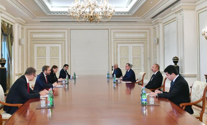 Ilham Aliyev receives Czech Republic