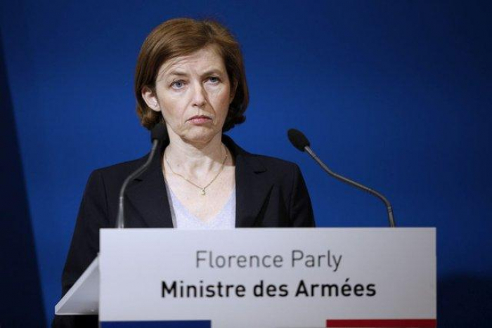 France cancels defence meeting with UK over submarine row