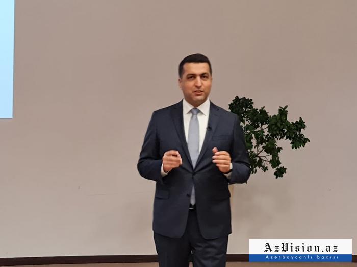 """""""Peşə məktəbinə qəbul olunanların sayı ilbəil artır"""" -    Direktor müavini"""