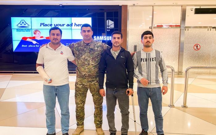 عودة ثلاثة من قدامى المحاربين لدينا من المعالجة في تركيا