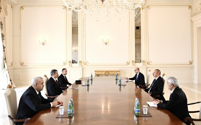 إلهام علييف يلتقي وزير النفط العراقي